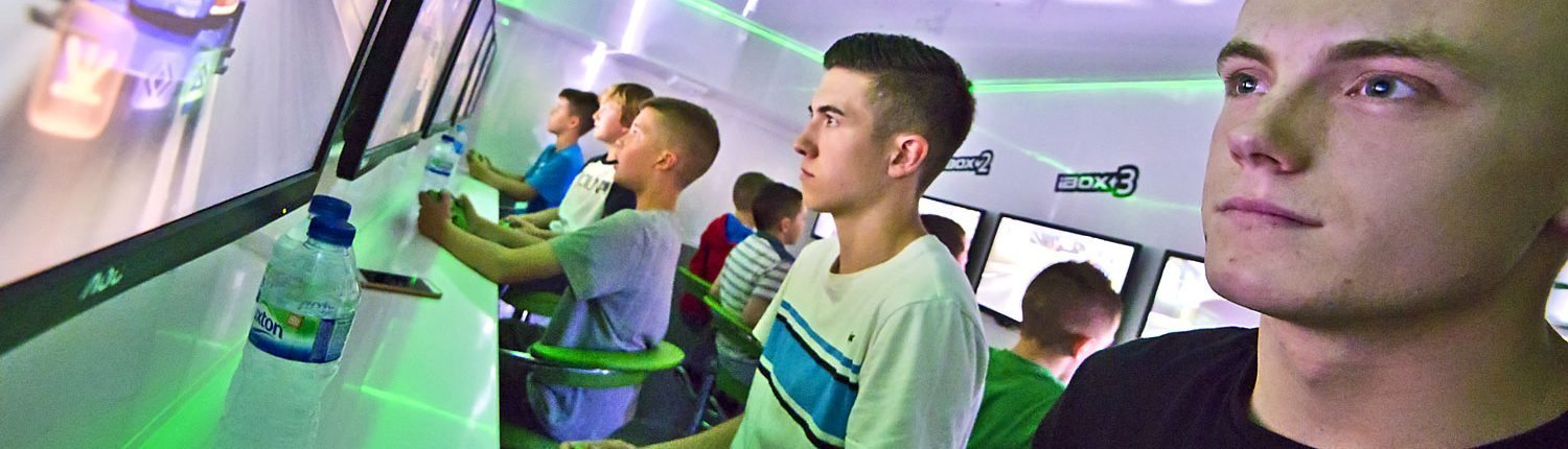 Xbox entertainment ideal for birthday parties, bar mitzvahs and weddings