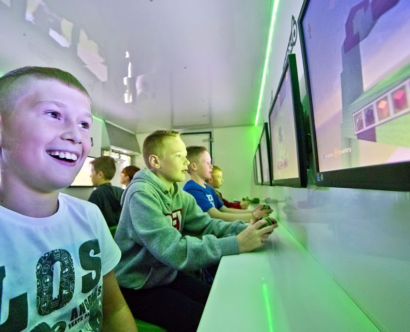Minecraft parties brought to your home or at one of our family friendly party venues.